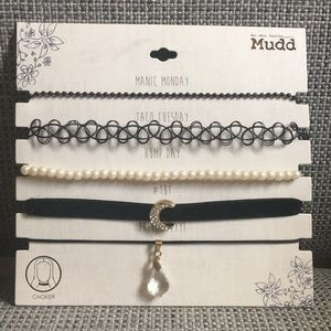 A pack of 5 chokers from Mudd